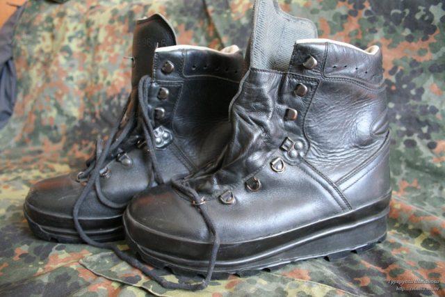 Настоящие горные ботинки Бундесвера (Bergstiefel). И это не копия от Miltec.