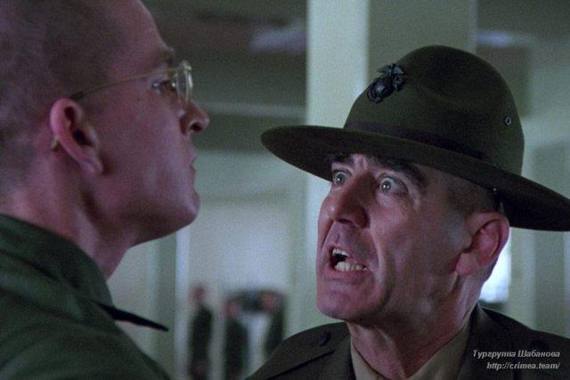 Кадр из фильма Стэнли Кубрика «Цельнометаллическая оболочка» (1987)