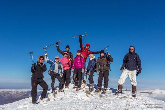 На вершине. Альпинизм и горовосхождения приносят много удовольствия!